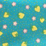 Turquesa con flores rosadas y verdes